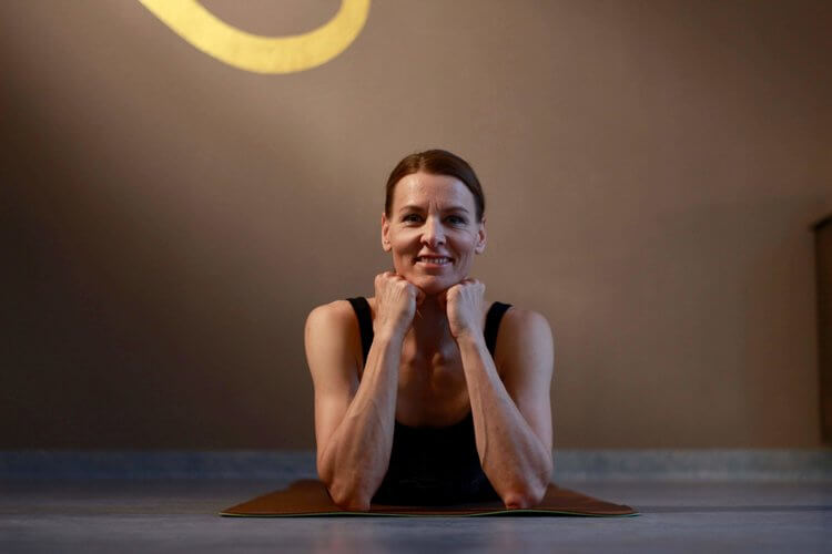 selma-portrait-yoga-academy-salzburg