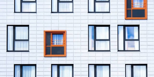 Facade Windows-ID10798-640x461